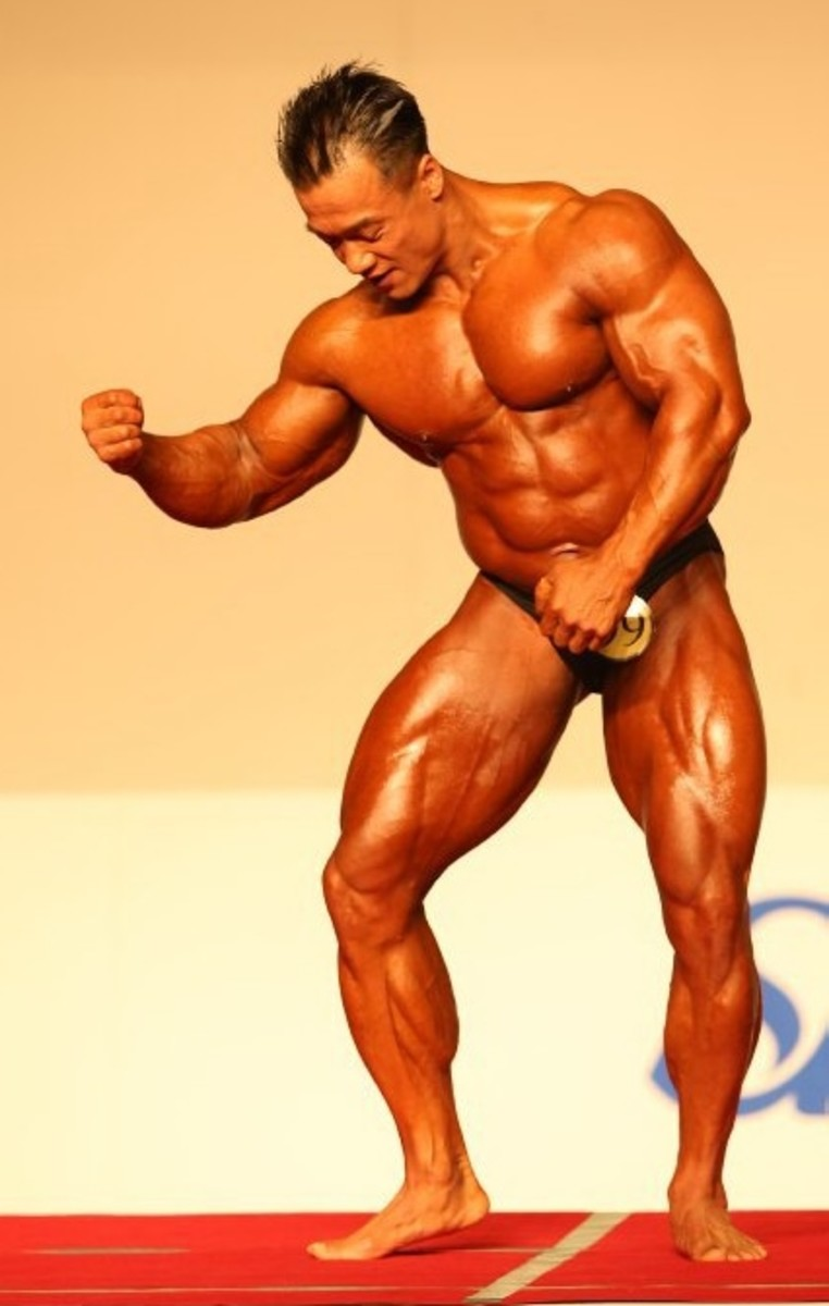 Korean bodybuilder Park Ki Seok (박기석) posing at the 2012 National Sports Festival