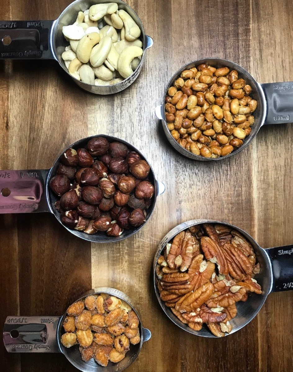 Nuts make a great snack that is high in fiber and protein.