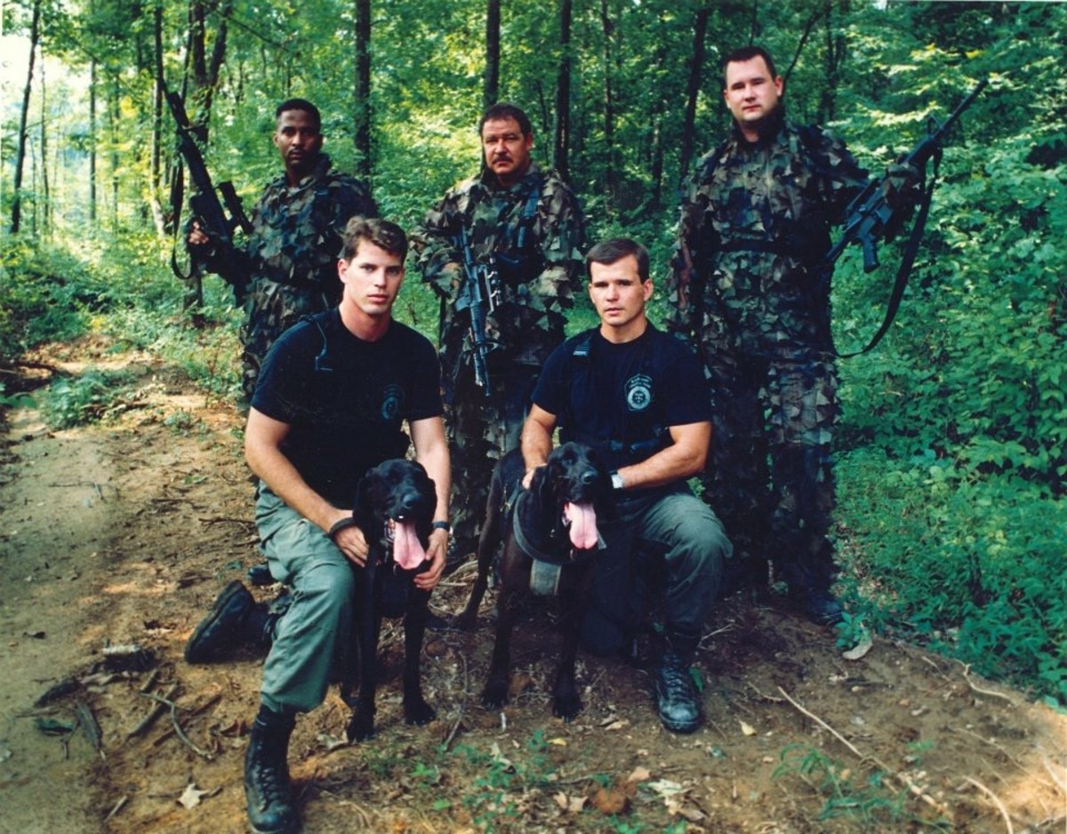 SLED (South Carolina Law Enforcement Division) Team with bloodhounds