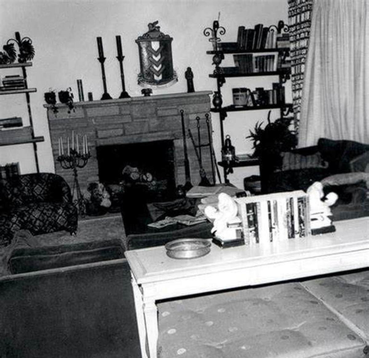 The LaBianca living room. Leno was found on the floor in front of the couch.