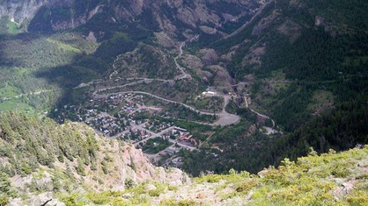 Hiking the Oak Creek Trail in Ouray