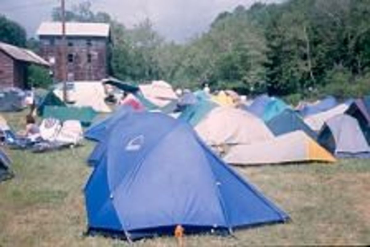 Tent City in the Town Park at Trail Days 2000 -- That's my blue tent in the foreground.