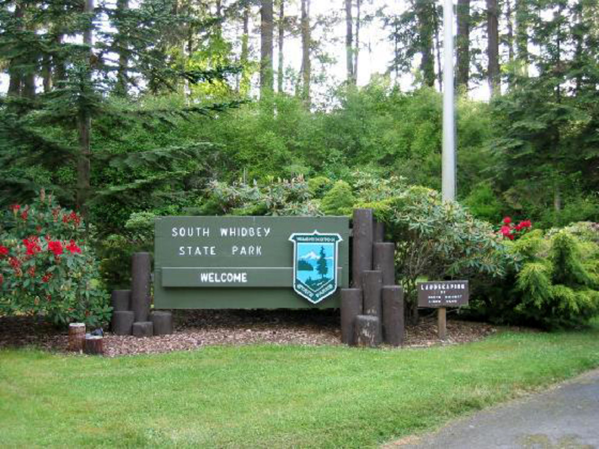 Entrance to South Whidbey State Park lots of fun to be had here!