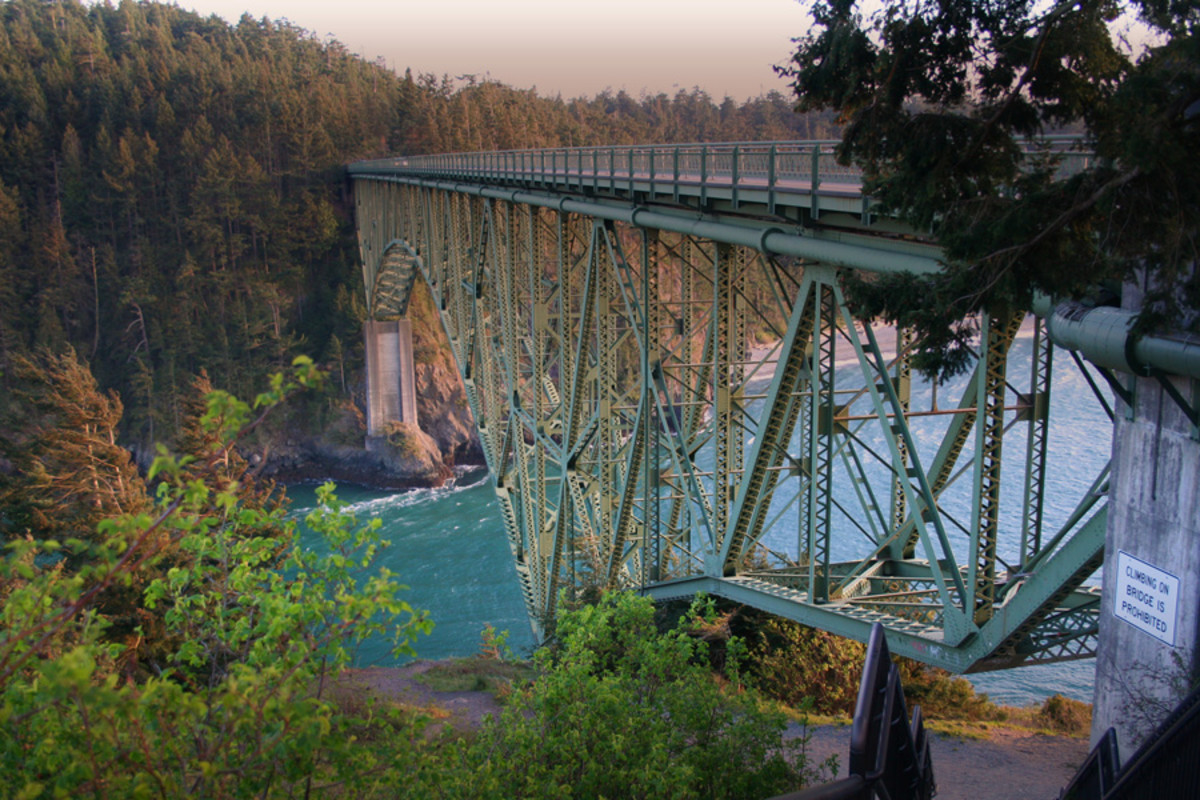 Deception Pass from underneath bridge