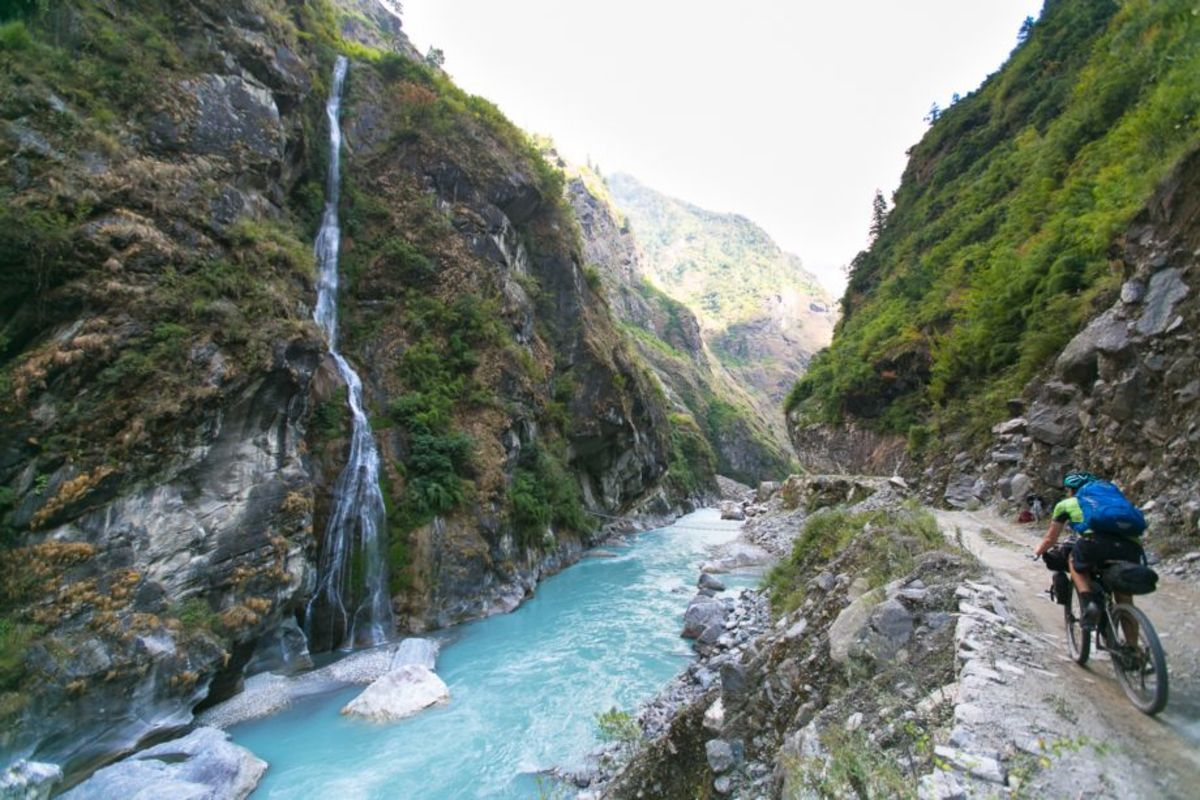 The Annapurna circuit by bike
