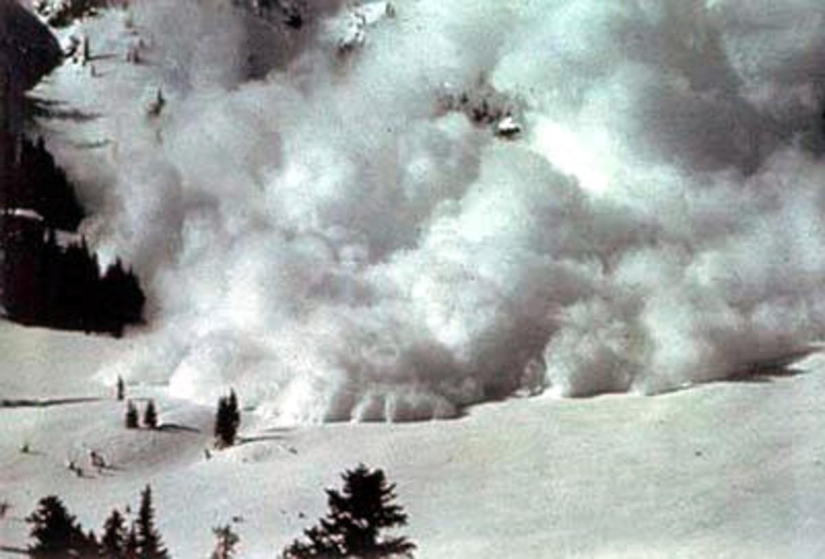 A powder snow avalanche.
