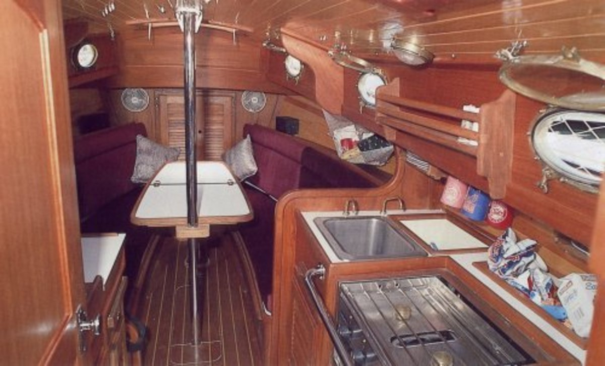 The cozy little forward cabin of the Nor'Sea 27