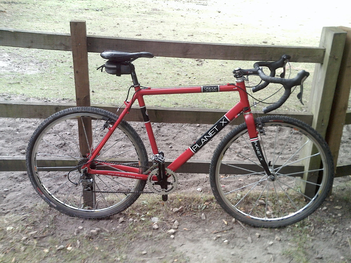 At home on the road or trail. The Planet X Uncle John cyclocross bike