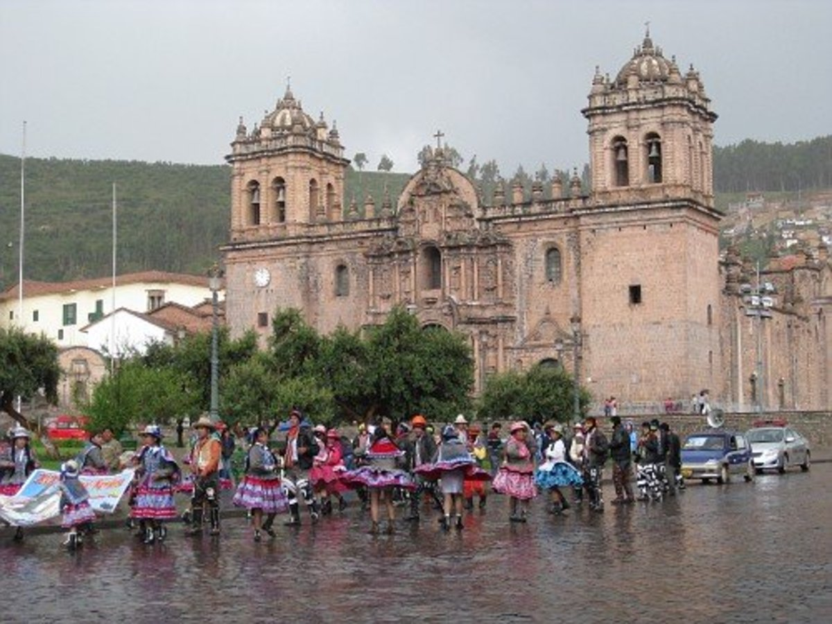 Traditional Incan dancing we encountered in Cuzco on Christmas Day