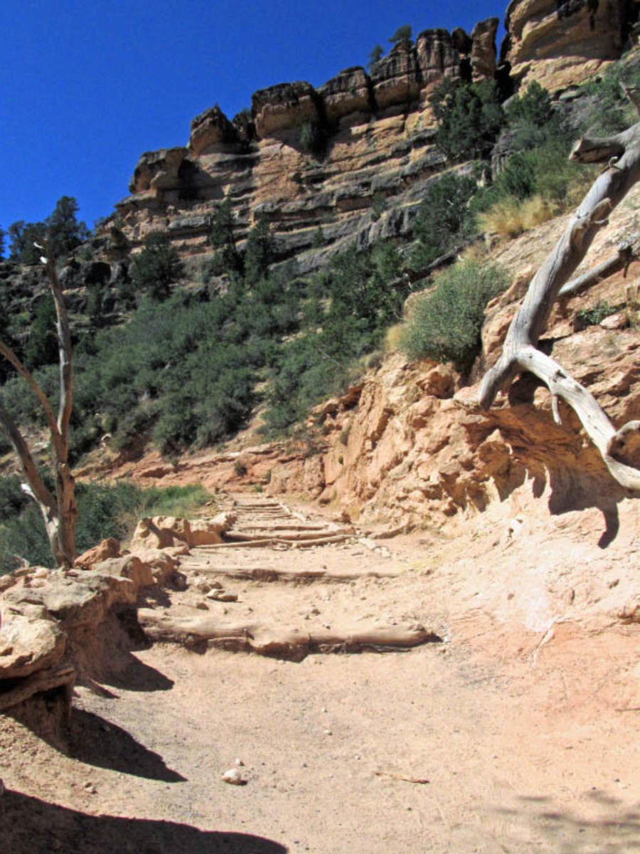 Bright Angel Trail section.