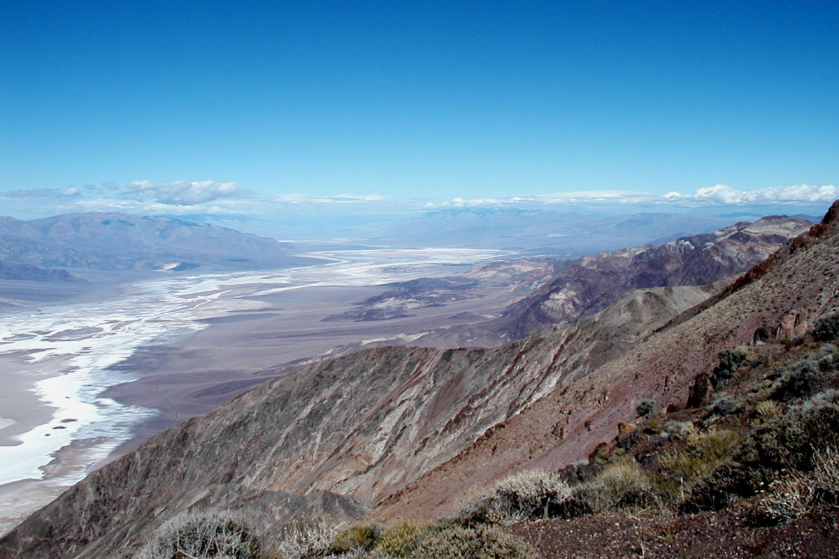 Dante's View. Here is a spectacular view of Death Valley. The white on the floor of the valley are the salt flats, not snow!