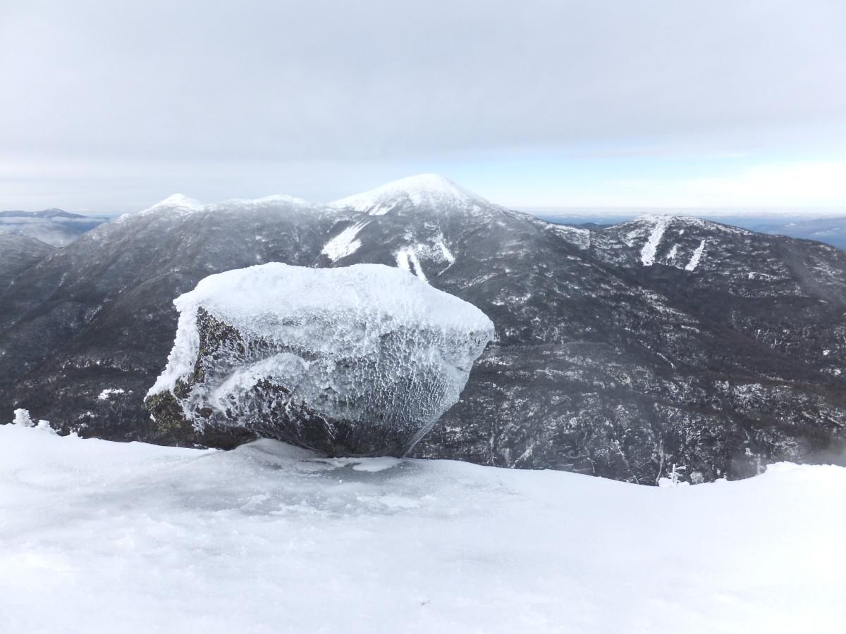 Looking toward the MacIntyre Range from Colden's summit.