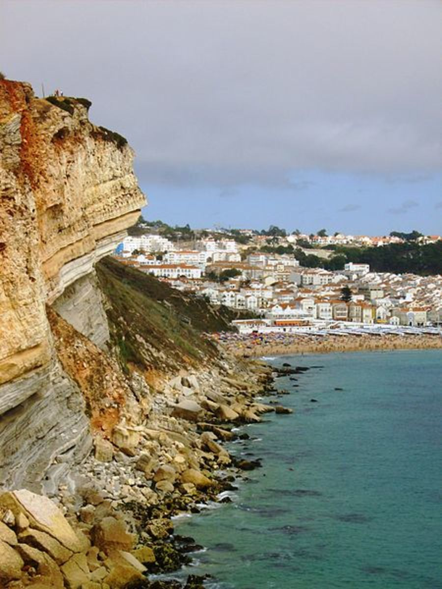 best-beaches-for-surfing-in-portugal