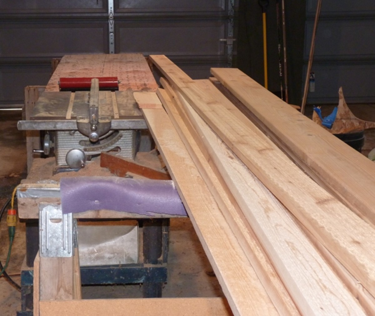 building-a-cedar-strip-canoe-the-details-cutting-and-milling-the-strips
