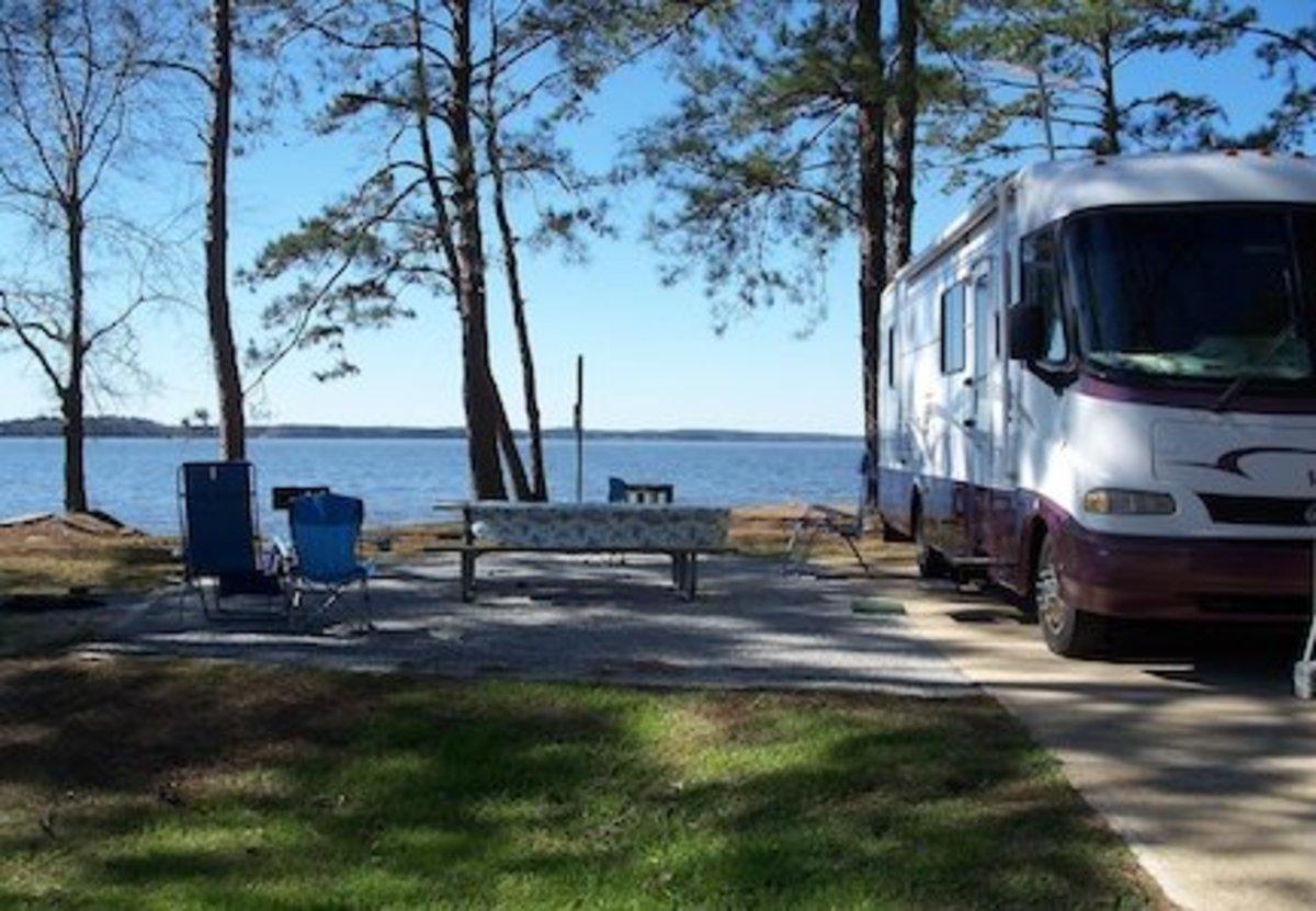 Lake Seminole, Florida. Spacious lakeside campsite.