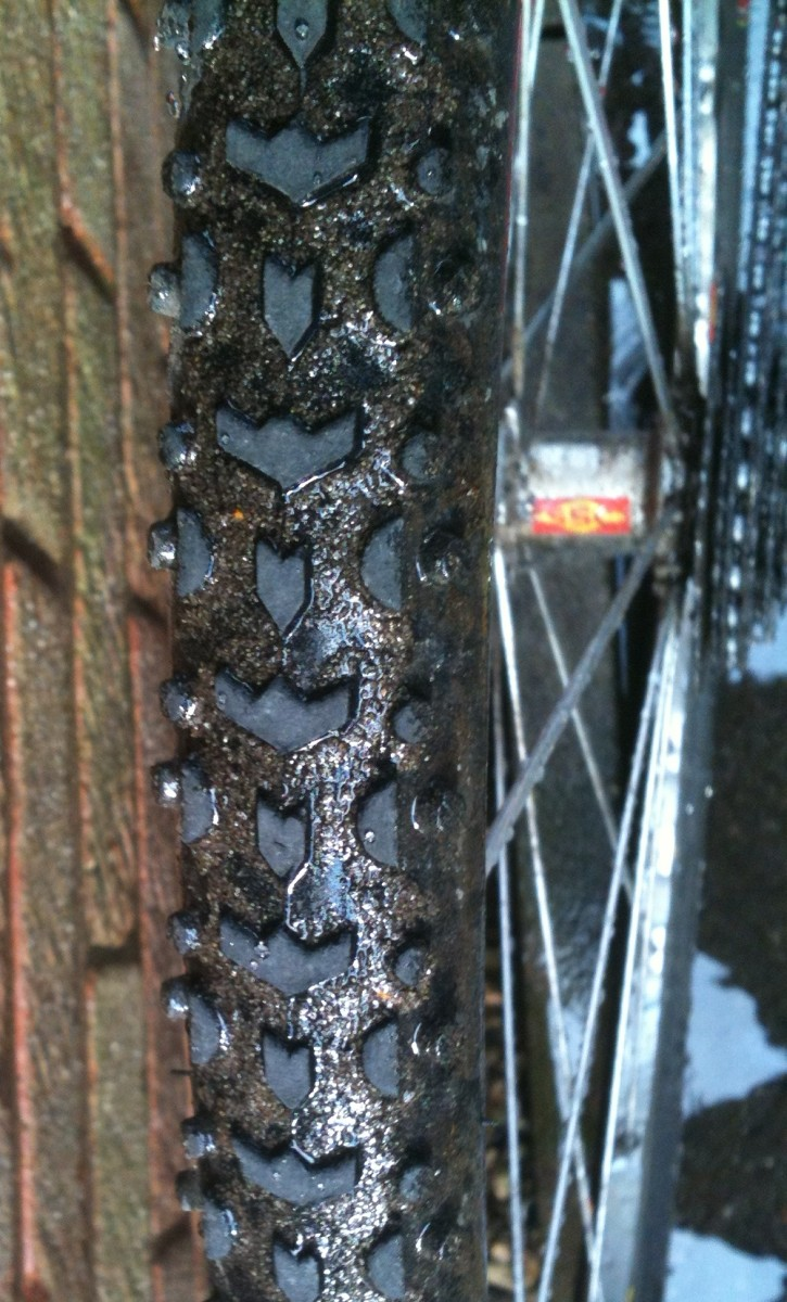 Cyclocross tires for the mud need the ability to shed well and provide traction. Challenge Grifo tires offer all-round racing performance.