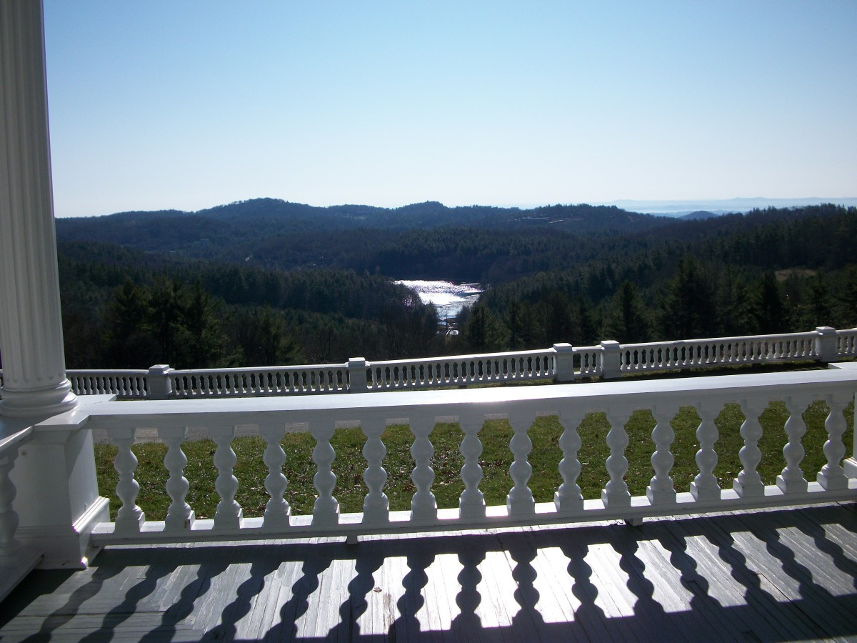 This is one of the magnificant views from the front porch of the manor, overlooking Bass Lake.