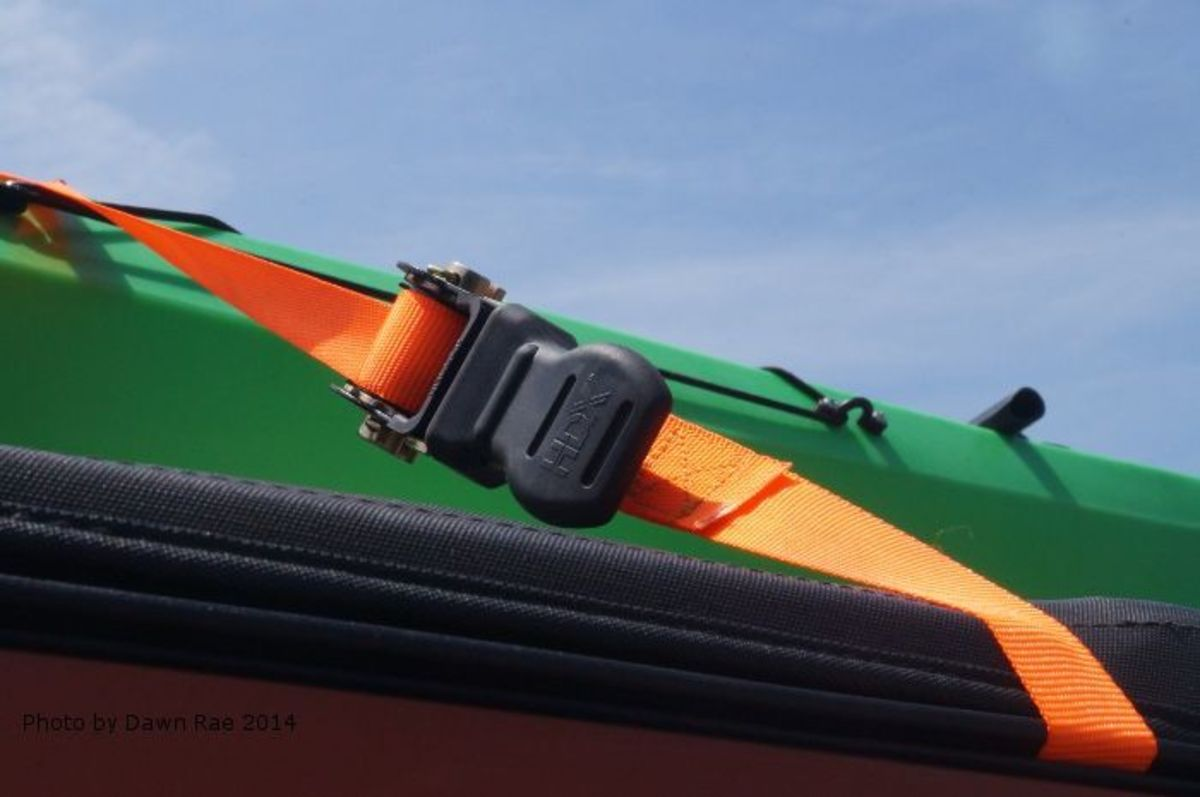 how-to-strap-a-kayak-to-a-softtop-jeep-for-transport