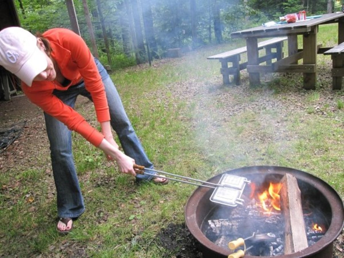 mountain-hobo-pudgy-pie-makers-and-recipes-plus-tips-for-home-and-camping