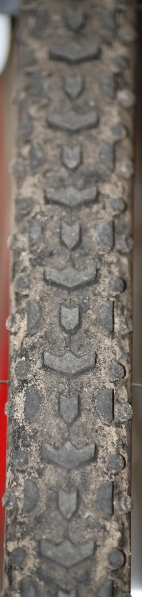 The tread pattern from a Challenge Grifo Pro