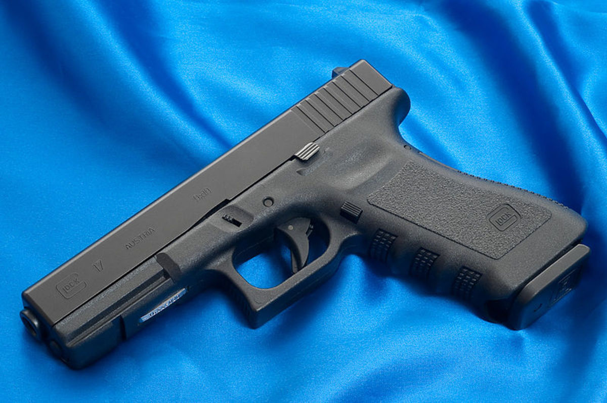 A Full-Size, High Capacity Semi-Automatic Pistol (Glock 17)