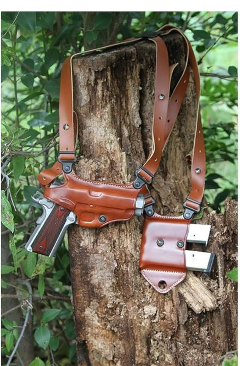 Modern holsters, such as this Galco Miami Classic, can comfortably carry a full or mid-sized handgun and extra ammo all day.