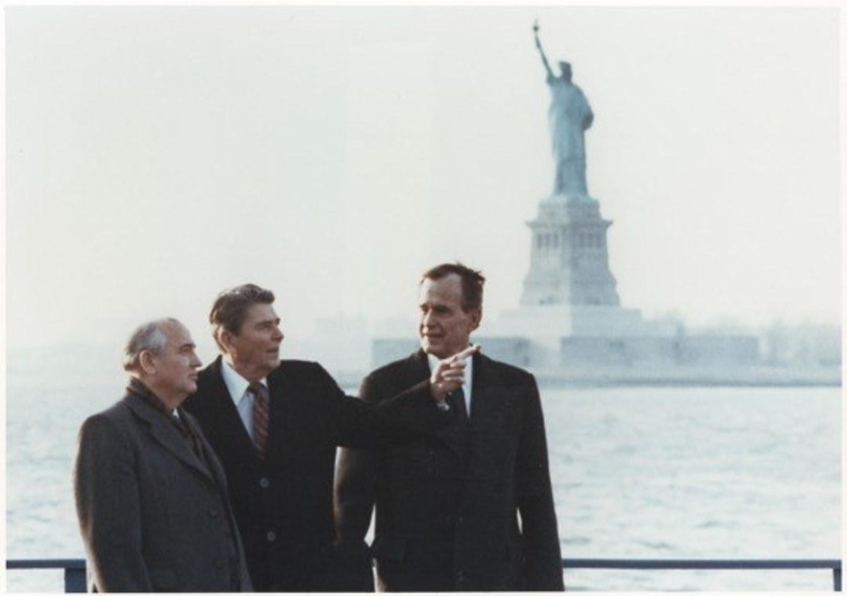 President Reagan and Gorbachev at Governor's Island 1988
