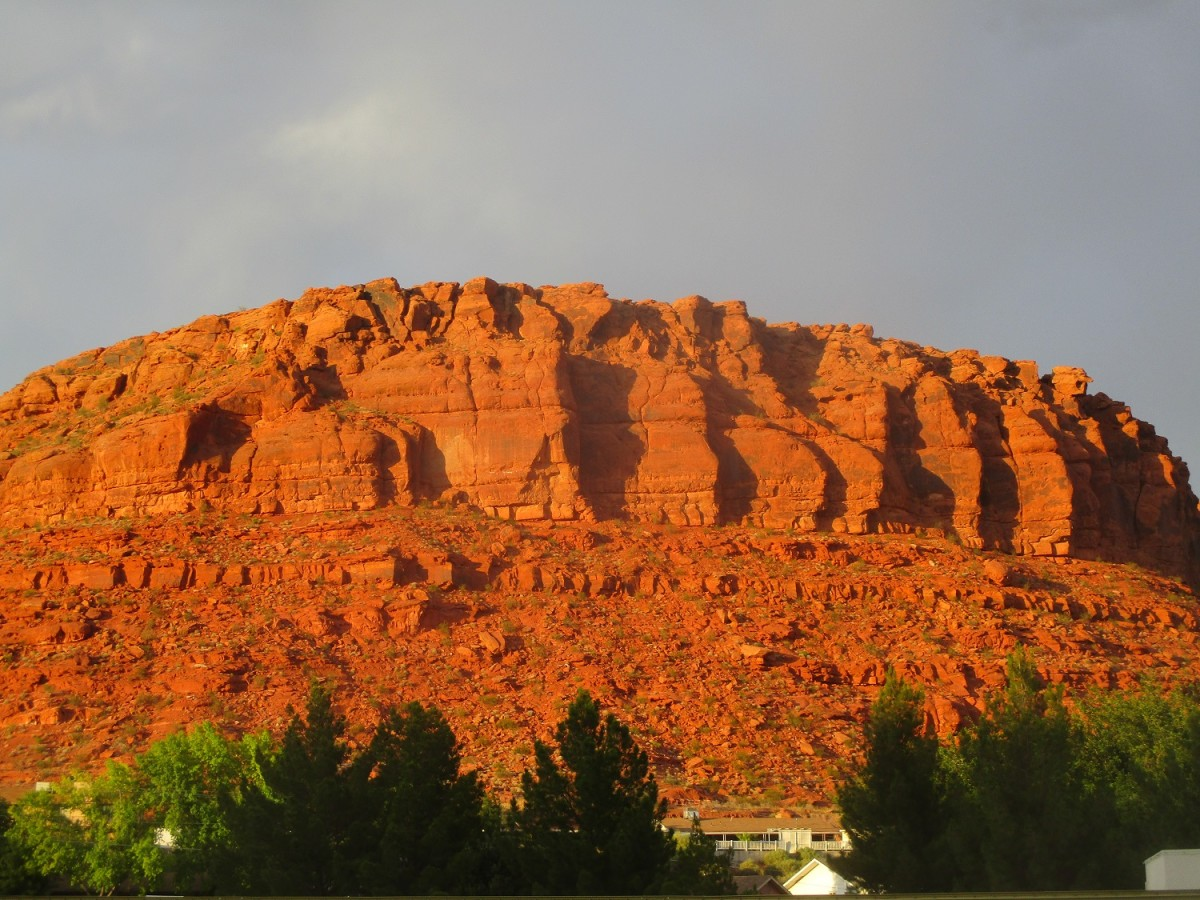 This buff that overlooks St. George is the final destination of the Owens Loop Trail, photo by author