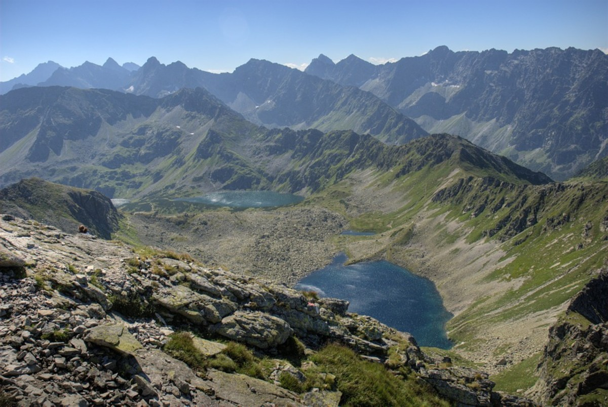 Dolina Pieciu Stawow. That's what we would have seen from the top of Swinica.