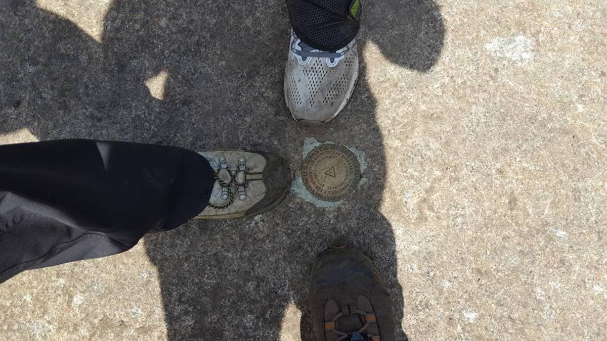 The Giant Summit Survey Marker