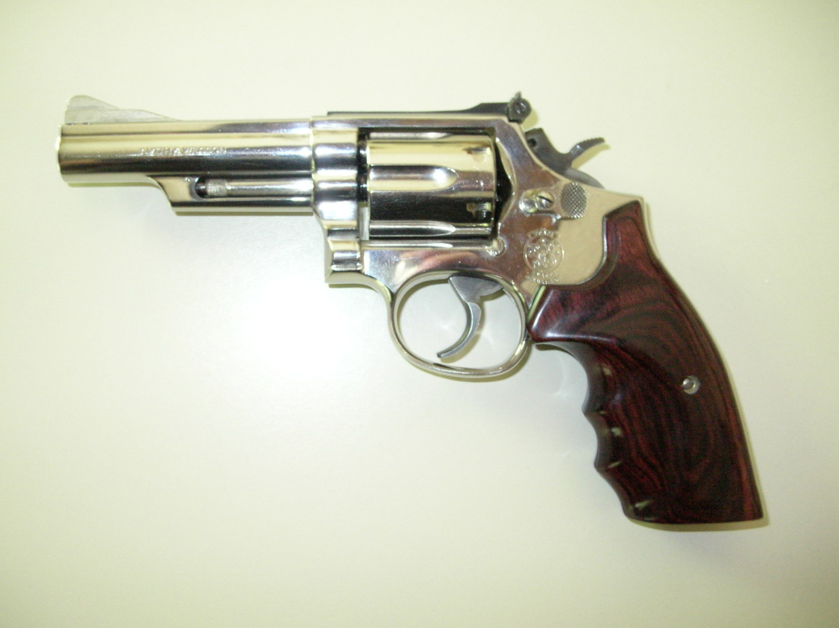 Medium frame .357 Magnum revolvers like this Smith & Wesson make for versatile backup guns.  They can fire both magnum and .38 Special cartridges.