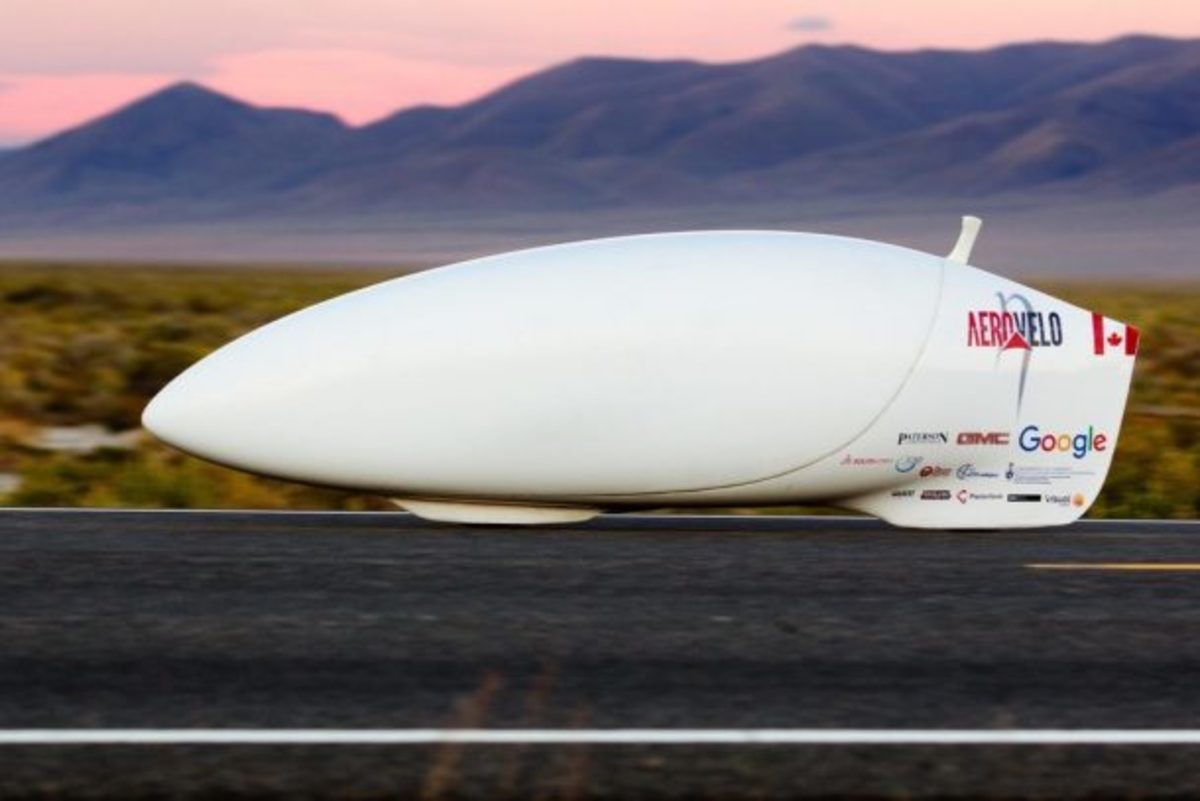 Aerovelo Eta at Blue Mountain, Nevada, 2016. Originally published in www.megapulse.com.