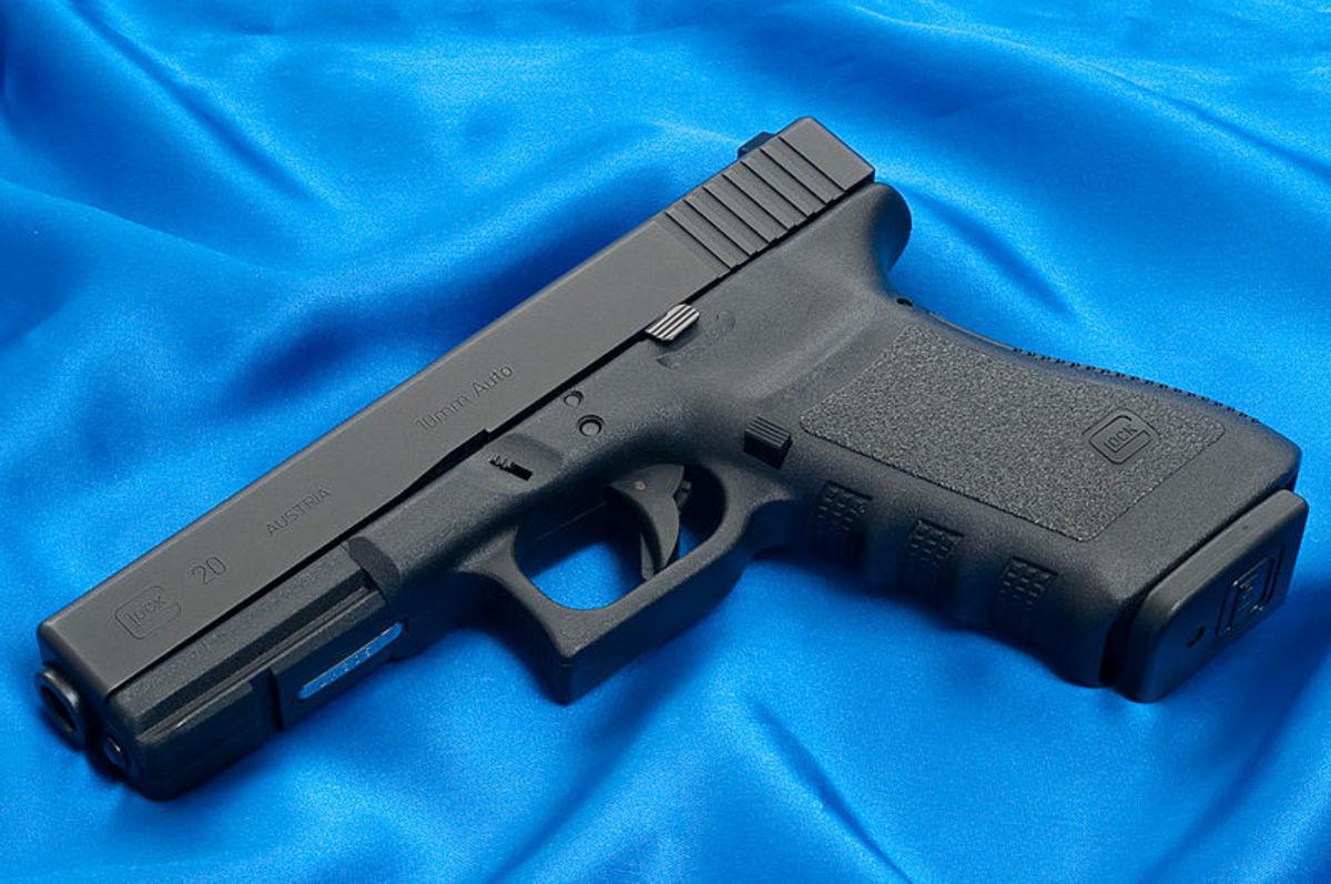 Glock G20, 10mm pistol