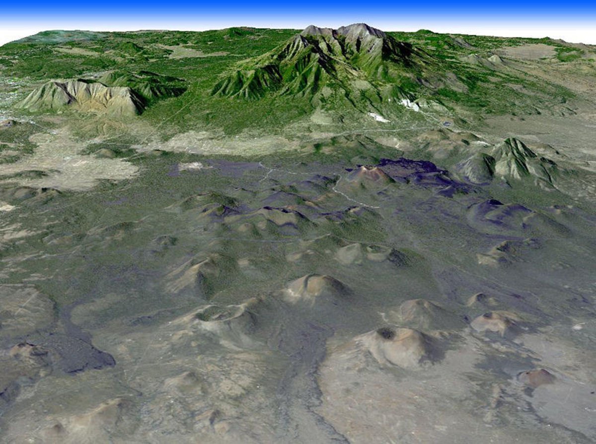 San Francisco Volcanic Field and the San Francisco Peaks