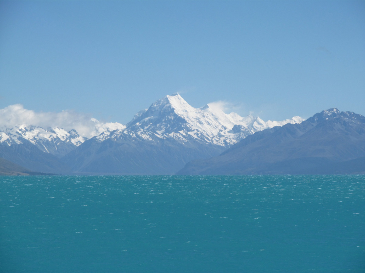 Mount Cook as viewed from SH8 across Lake Pukaki.