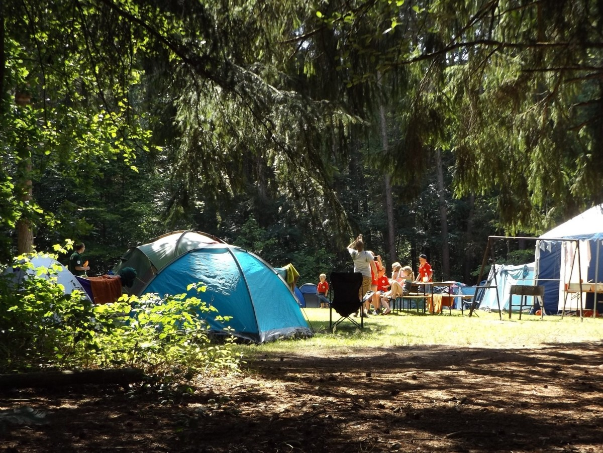 Regular campsite camping strikes a nice balance between nature and comfort, and is a great experience for children to have.