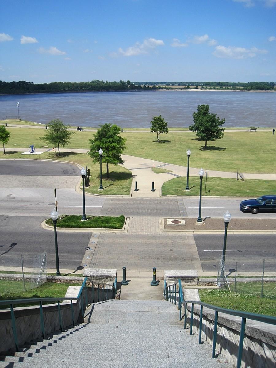 """Memphis Riverfront """"River Walk"""" park system along the Mississippi River Overlooking Tom Lee Park"""