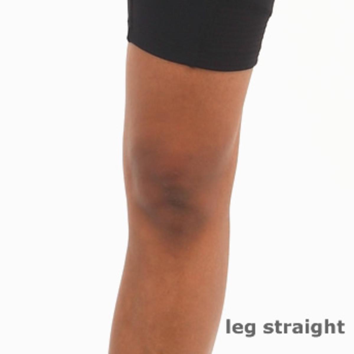 Locking the knee in Bikram Yoga
