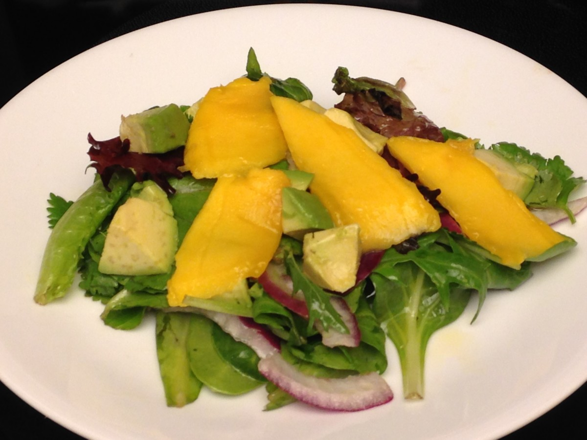 Salad with Mango, as source of beta carotene