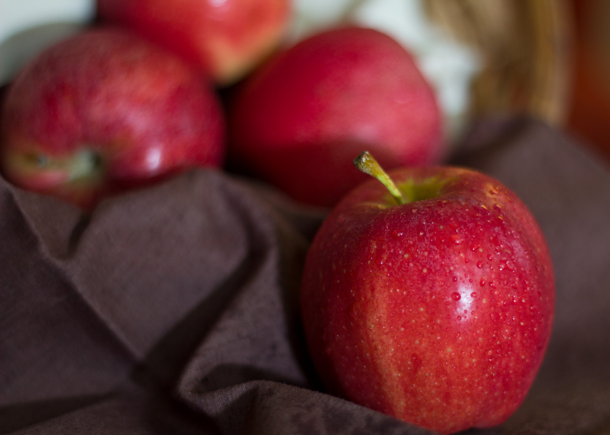 Be sure to eat at least five apples today.