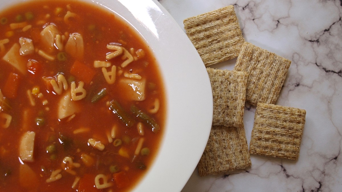 For lunch I ate a bowl of soup with crackers or a sandwich with chips.
