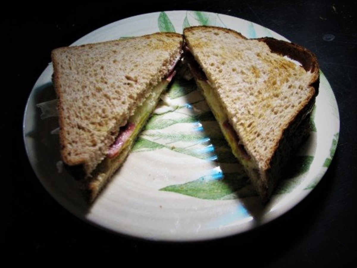 Low Calorie Egg Breakfast Sandwich