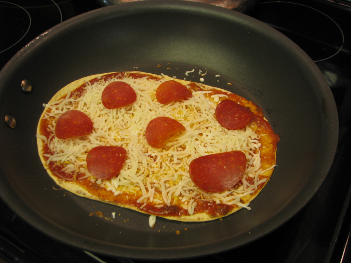 Turkey Pepperoni Skillet Pizza