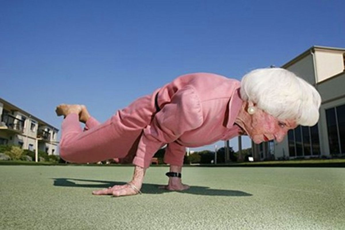 Ok, so it's not a pushup, but with this kind of strength I'm sure she can do them.