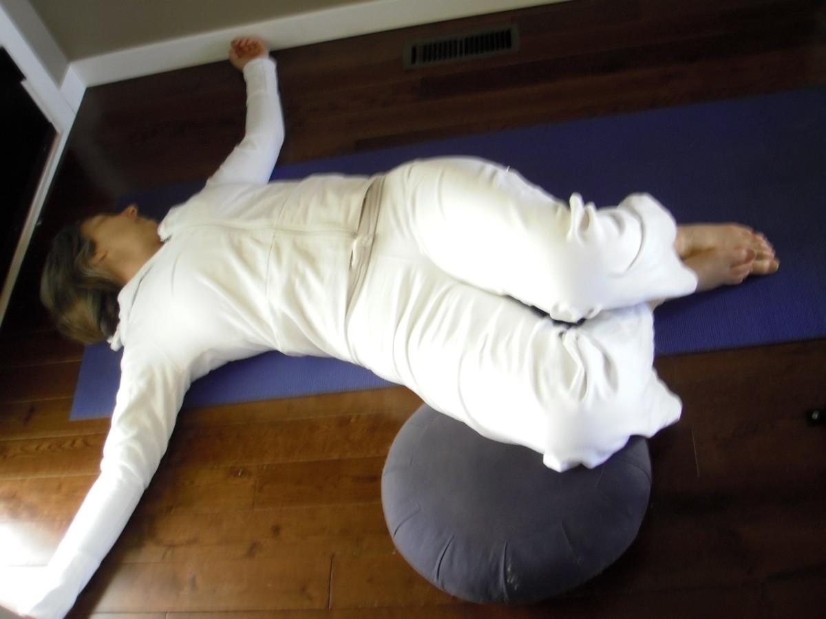 prenatal-yoga-poses