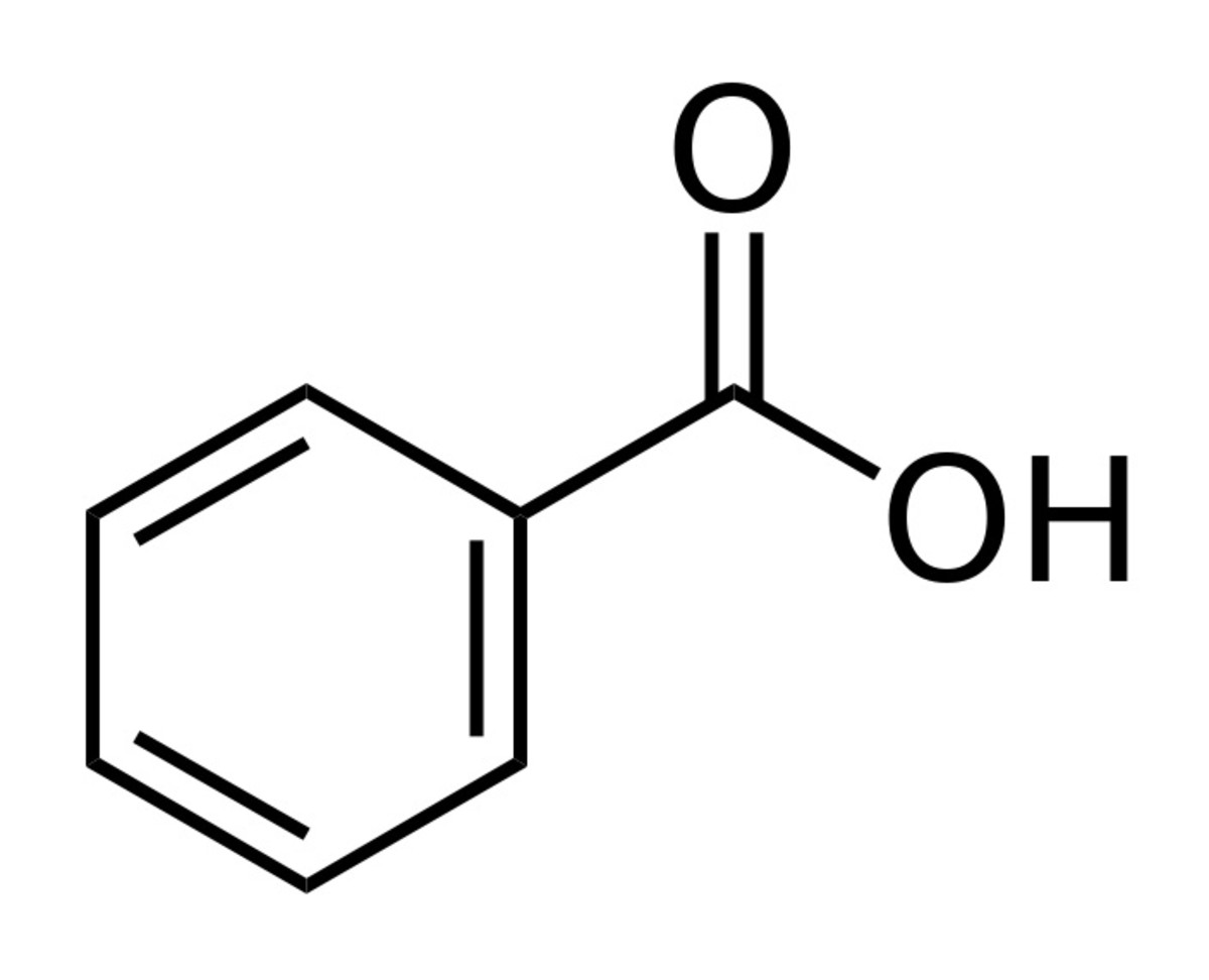 In benzoic acid, the ring has a similar structure to that of benzene, but one of the hydrogen branches is replaced by a group of atoms. In sodium benzoate, the H shown in the diagram above is replaced by a sodium ion.