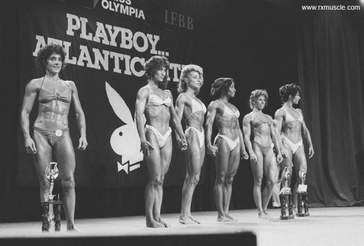 Line up of Women Bodybuilders