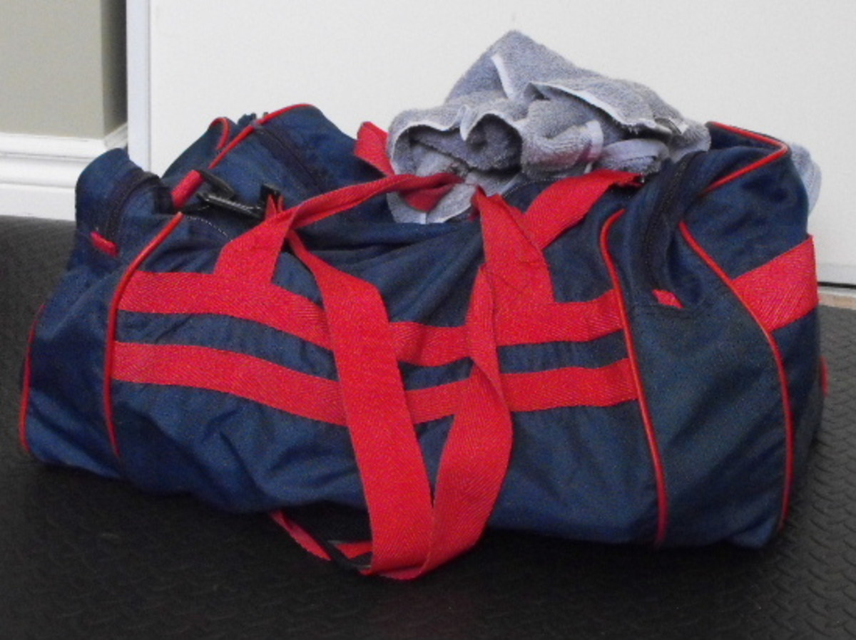 30 pound duffle bag