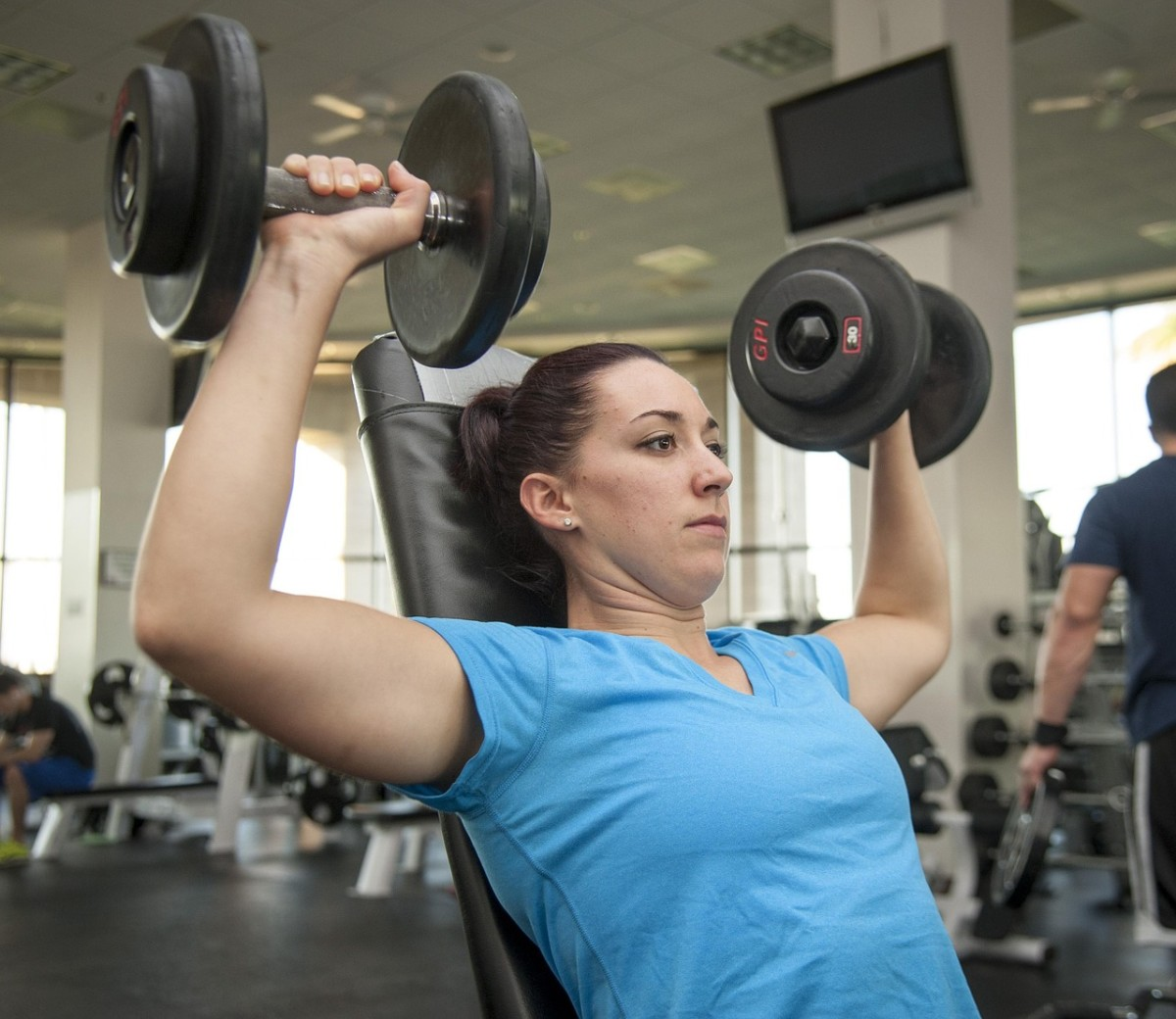 Lifting weights and burning calories will lead to fat loss.