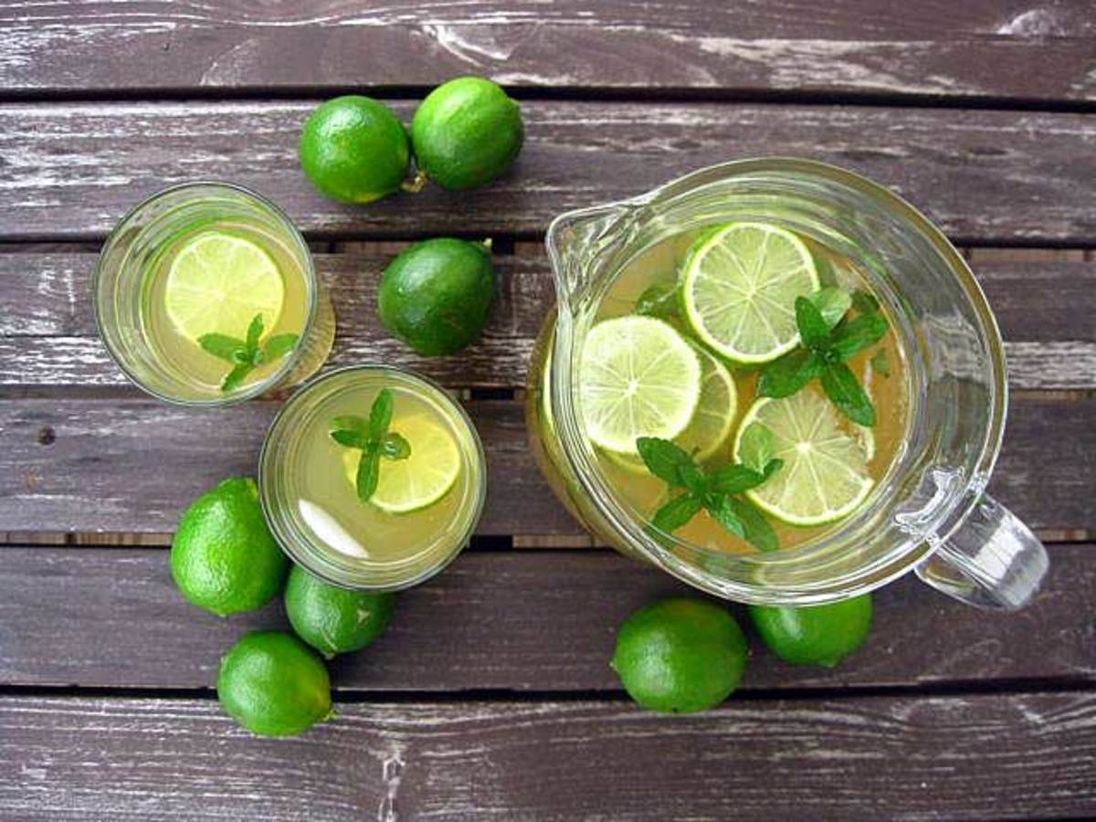 My favorite calorie-free drink: green tea lime cooler.